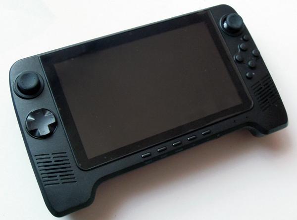 gpd-7-android-zaidimu-konsole