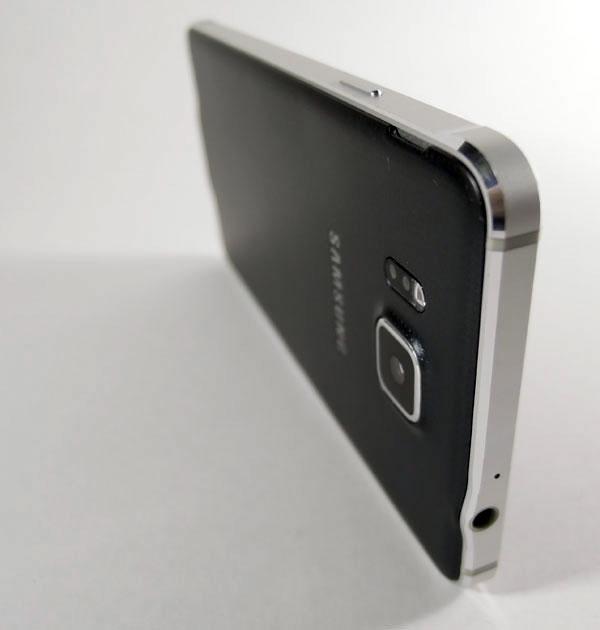 samsung-alpha-telefonas